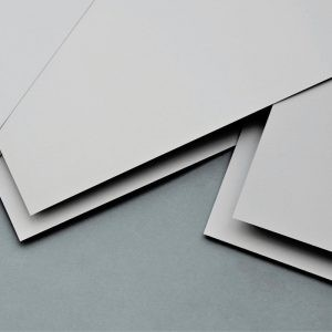 Carton Piedra Gris 1,5 mm 77x110 cm